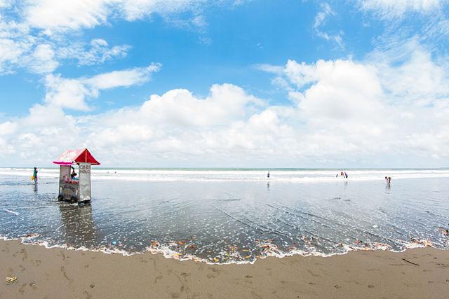 Playa Ladrilleros